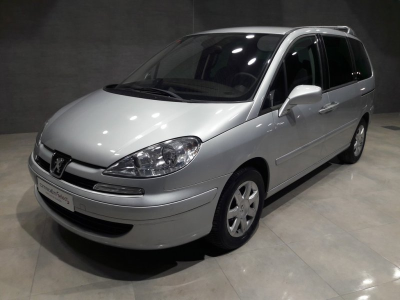 Peugeot 807 2.0 HDI 136 ST Pack