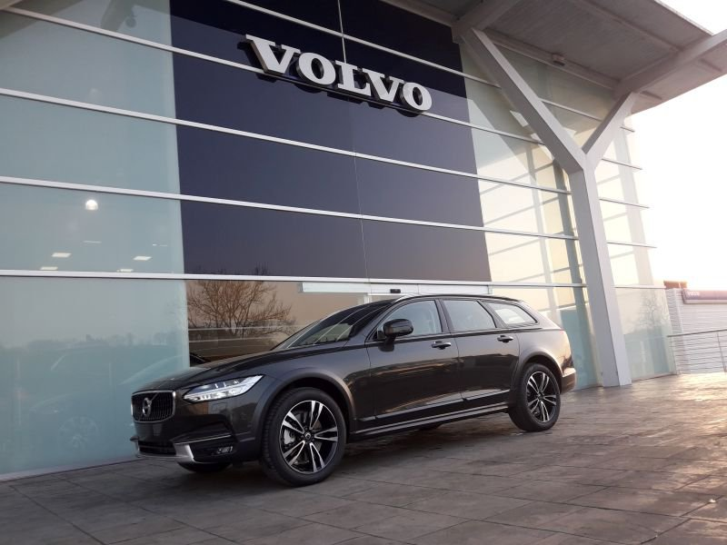 Volvo V90 Cross Country 2.0 T5 AWD Auto Pro
