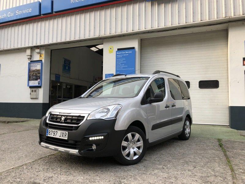 Peugeot Partner TEPEE 1.6 BlueHDi 100 ADAPTADA MINUSVALIDO
