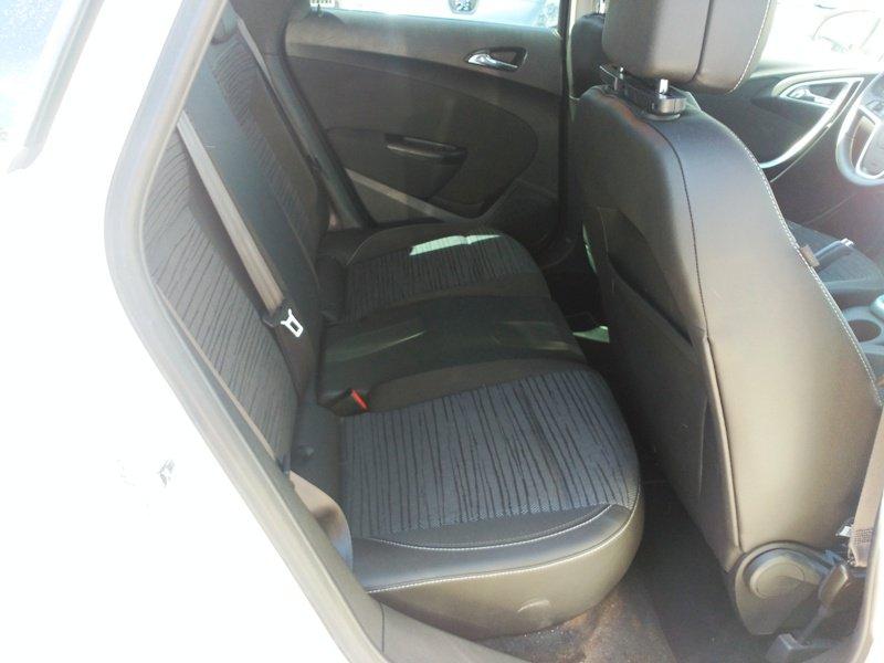 Opel Astra 1.7 CDTi 130 CV ST Selective