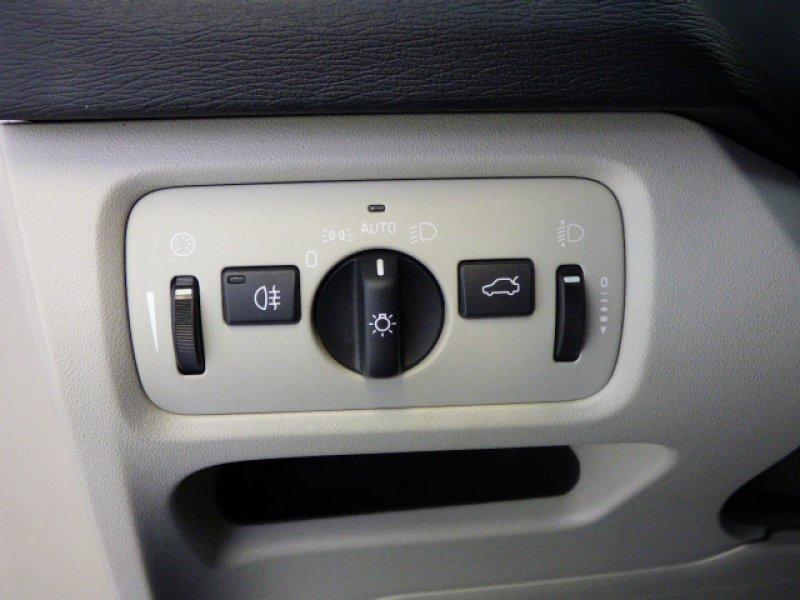 Volvo V40 2.0 D3 MOMENTUM Auto Momentum