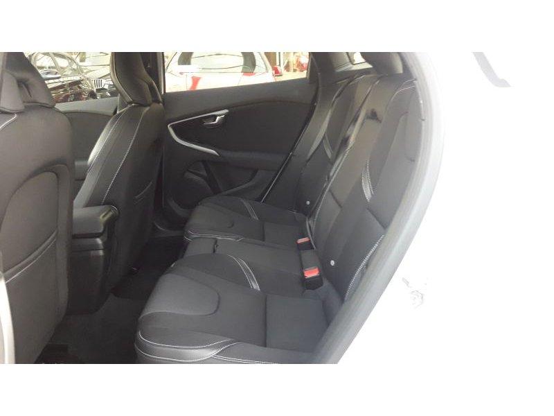 Volvo V40 2.0 D3 Auto Momentum Momentum