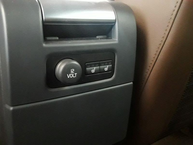 Volvo XC70 2.4 D5 AWD Auto Summum