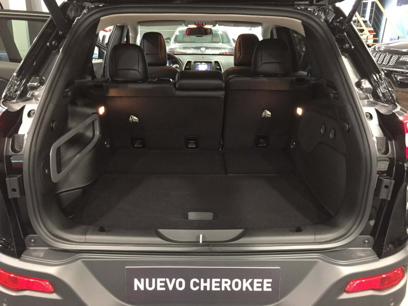 Jeep Cherokee 2.2CRD 147kW Aut 4x4 AD.I Night Eagle II