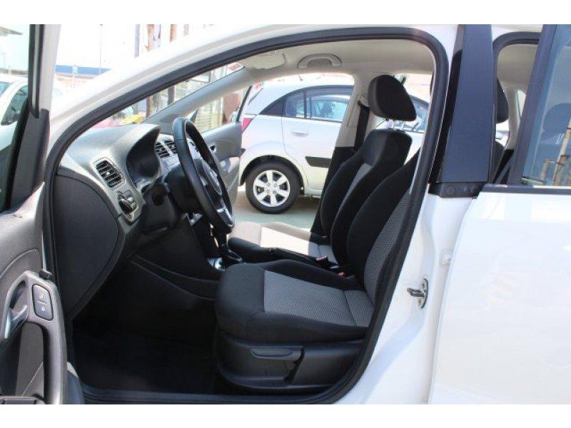 Volkswagen Polo 1.6 TDI 90cv DSG Advance