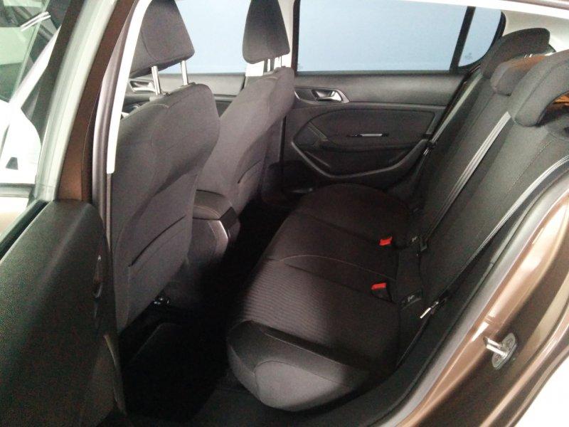 Peugeot 308 1.6 e-HDi 115 Business Line