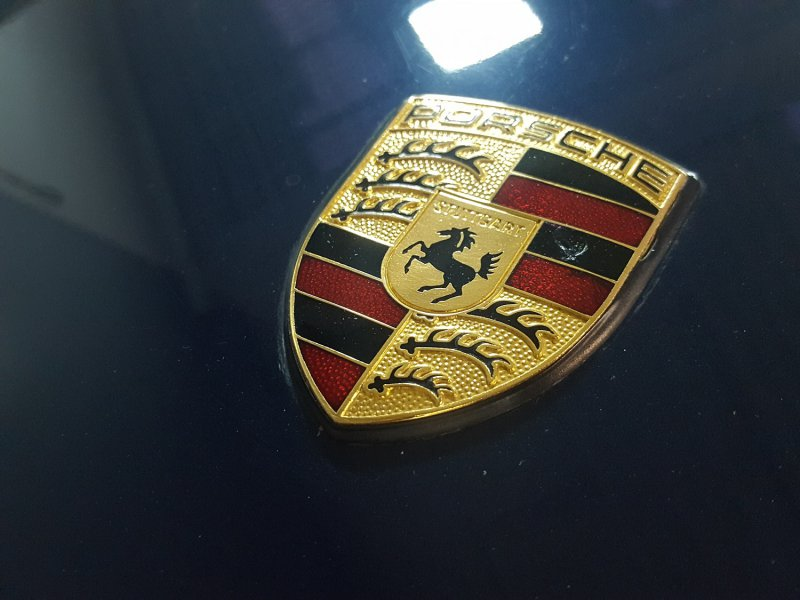 Porsche 911 COUPE CARRERA