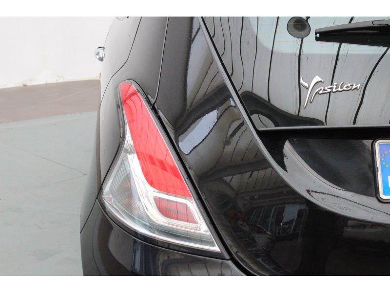 Lancia Ypsilon 1.2 8v 69 cv Stop&Start Platinum