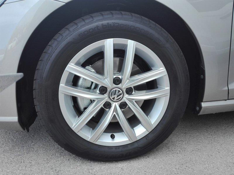 Volkswagen Golf 1.5 TSI EVO 96kW (130CV) DSG Advance