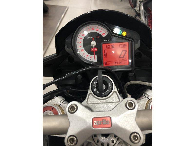 Aprilia Tuono V4 1000 R APCR V4 1000cc MOTOCICLETA