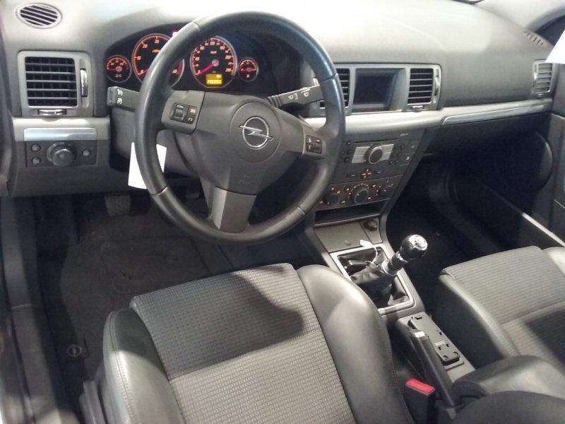 Opel Vectra 1.9 CDTI 8v GTS