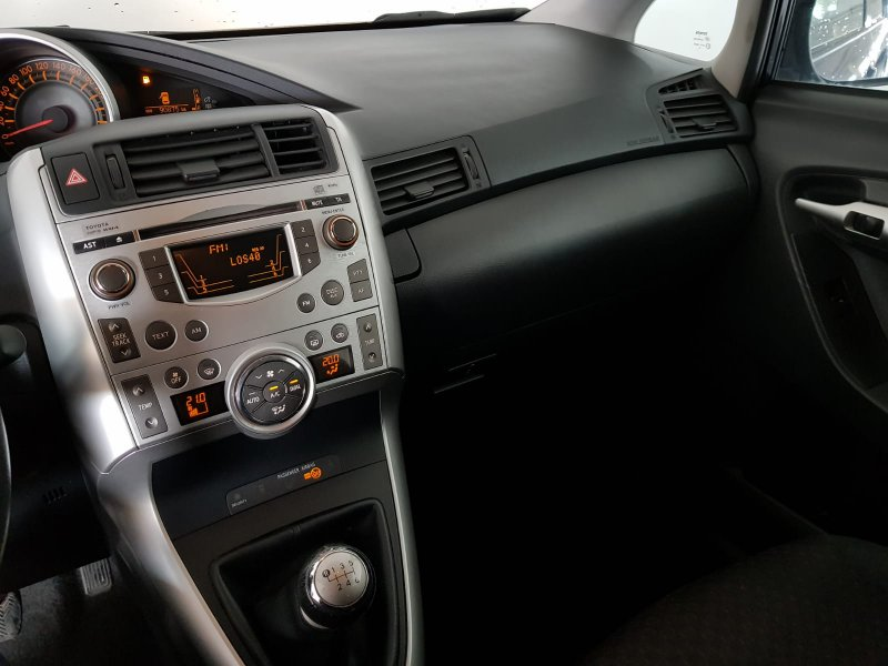 Toyota Verso 1.6 VVT-I 7pl. Live