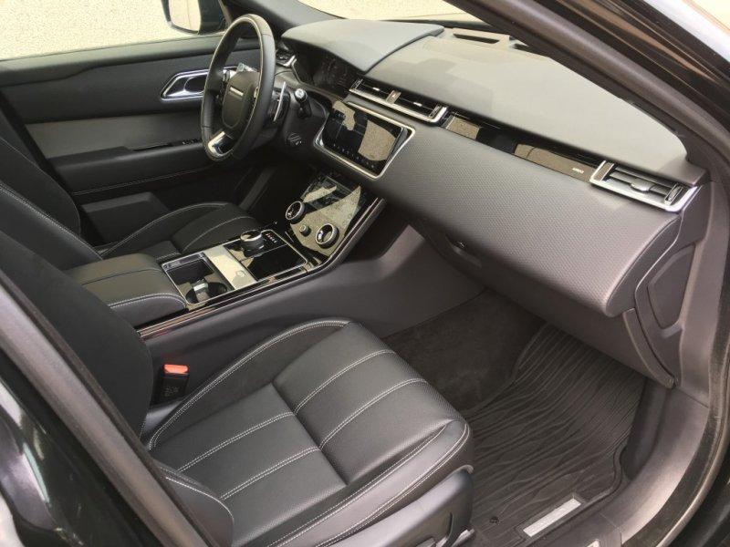 Land Rover Range Rover Velar 3.0D D300 R-Dynamic 4WD Auto R-DYNAMIC