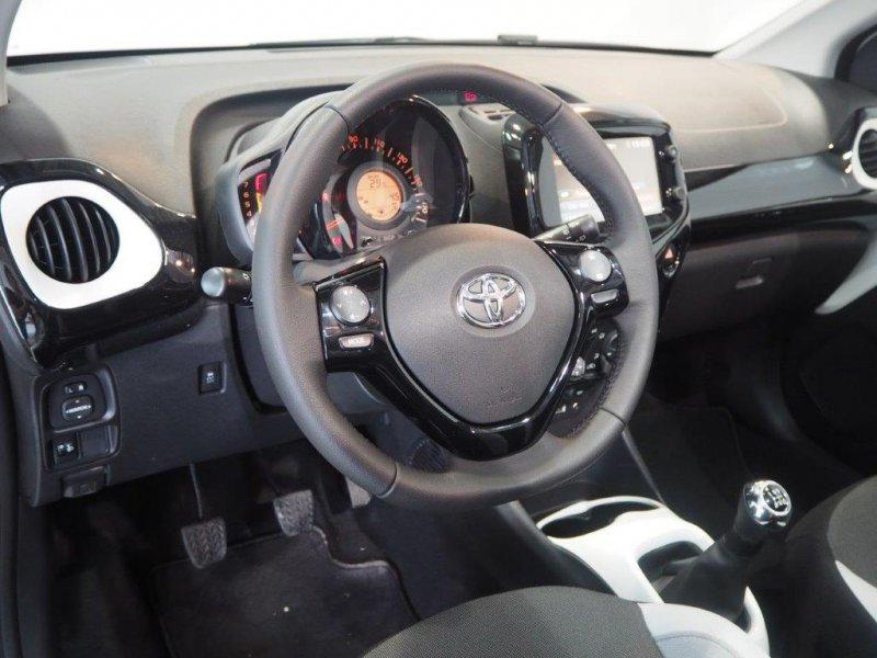 Toyota Aygo 1.0 70 x-SKY