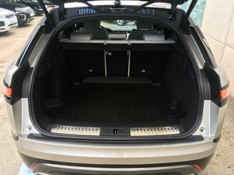 Land Rover Range Rover Velar 2.0 P300 R-Dynamic SE 4WD Auto. 300cv