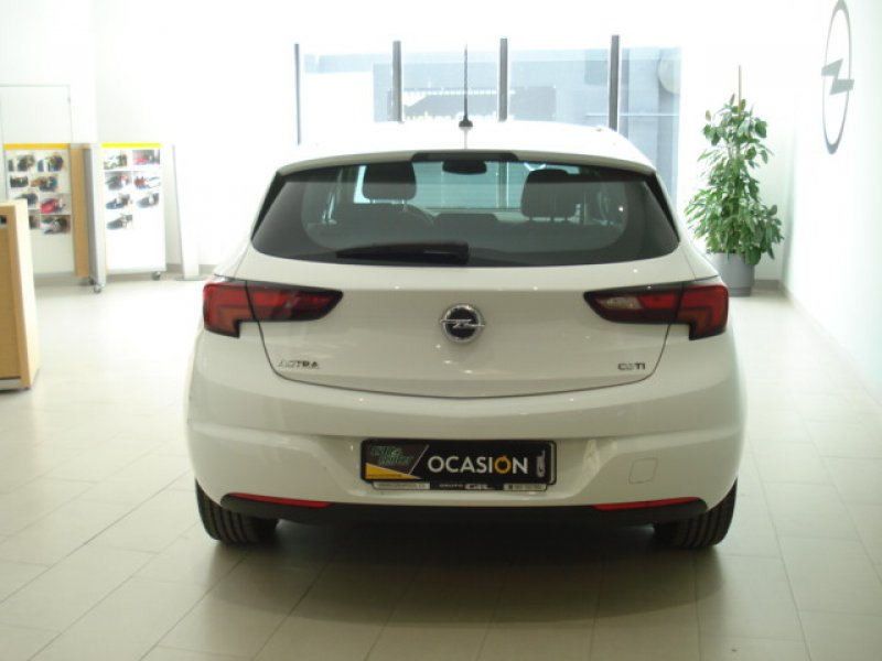 Opel Astra 1.6 CDTi 81kW (110CV) Business + 5P