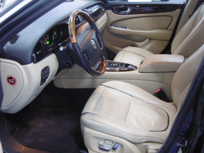 Jaguar XJ XJ6 2.7D V6 152kw (207CV) Executive