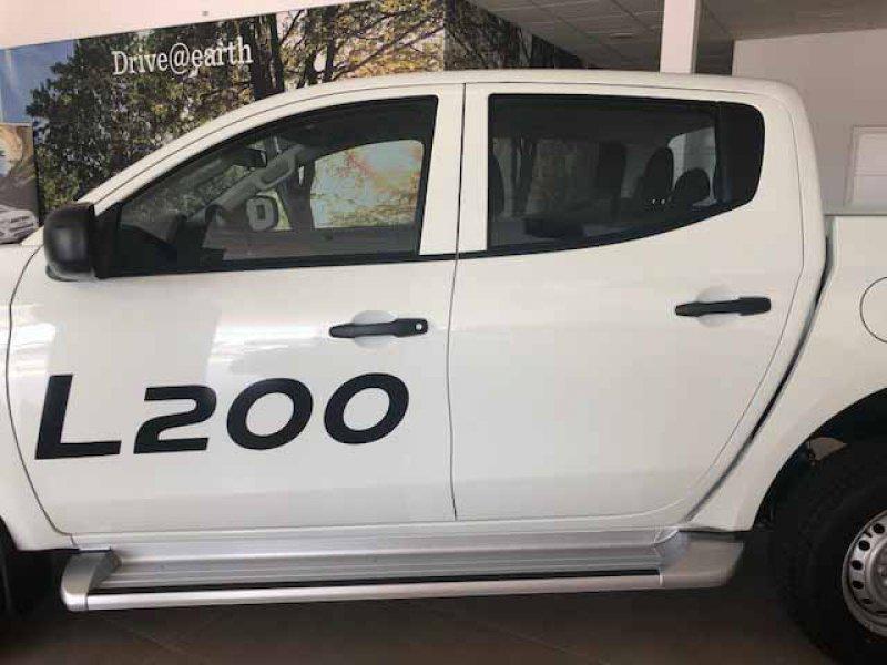 Mitsubishi L200 D/C 250 DI-D M-Pro