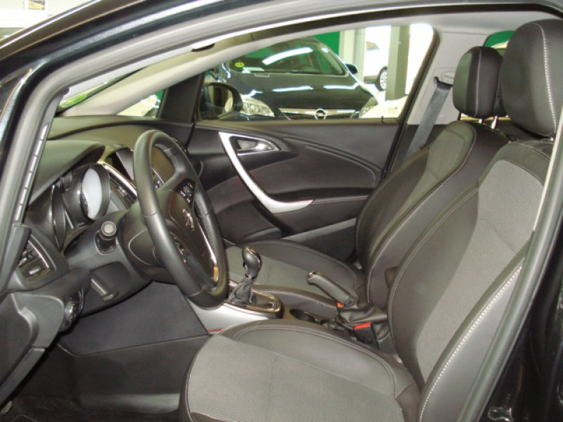 Opel Astra 1.4 Turbo EXCELLENCE 5P