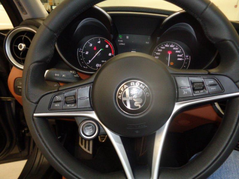 Alfa Romeo Giulia 2.2