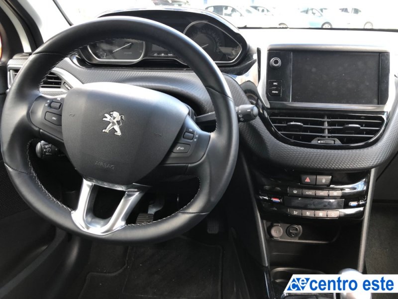 Peugeot 2008 1.6 BlueHDi 120 Allure