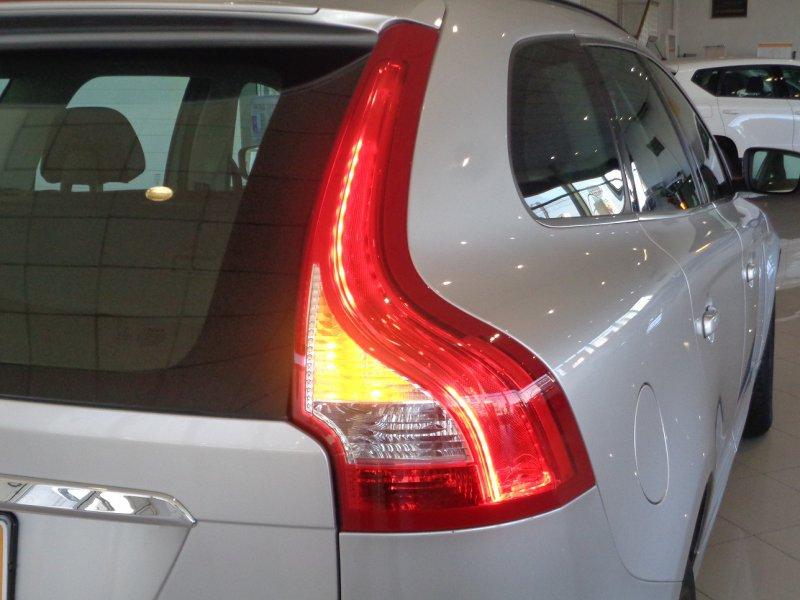 Volvo XC60 2.0 D4 181 CV 6V - GARANTIA SIN LIMITE Momentum