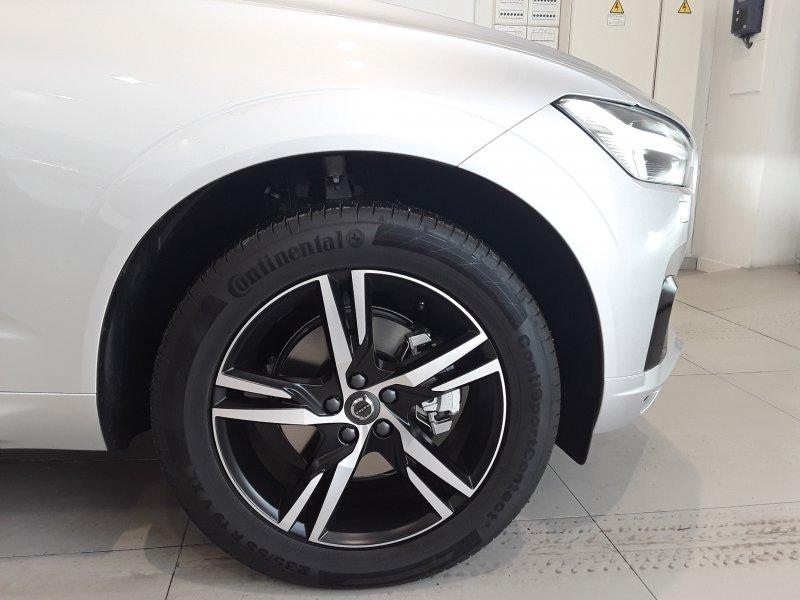 Volvo XC60 2.0 D4 Auto AWD 191 CV R-Design Momentum