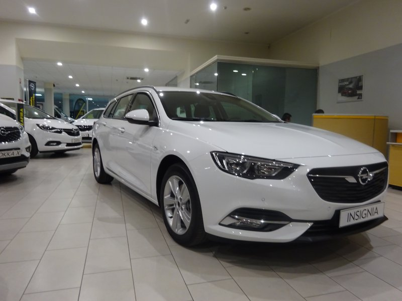 Opel Insignia ST 1.6 CDTI S&S ecoFLEX 100kW (136CV) Innovative Country Tourer