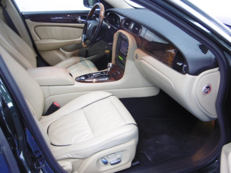 Jaguar Serie XJ XJ6 2.7D V6 152kW (204CV) Executive