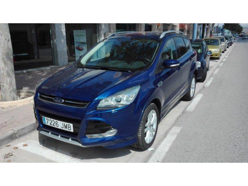 Ford Kuga 2.0 TDCi 180 4x4 Powershift Titanium