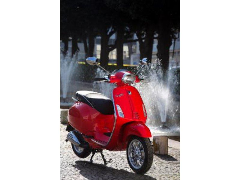 Vespa Sprint 125 ie 3V ABS E4 Monocilíndrico 125i.e 3V Scooter