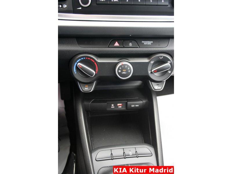Kia Rio 1.2 CVVT 62kW (84CV) Concept