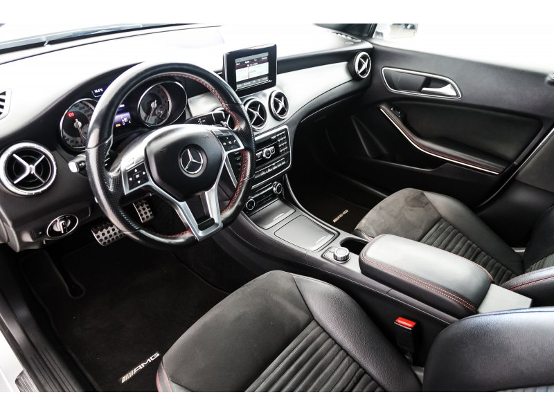 Mercedes-Benz Clase CLA CLA 200 CDI Aut. AMG Line