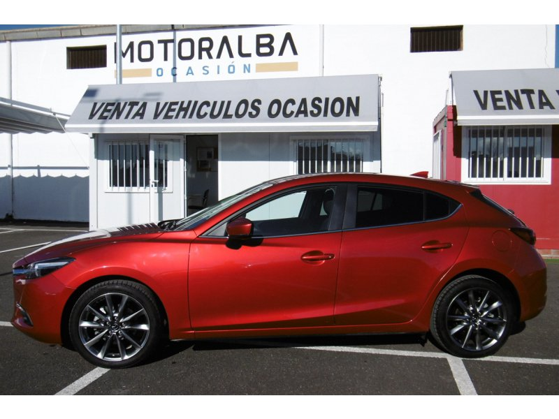 Mazda Mazda3 2.2 DE 110KW ( 150cv )MT Black Tech Edition