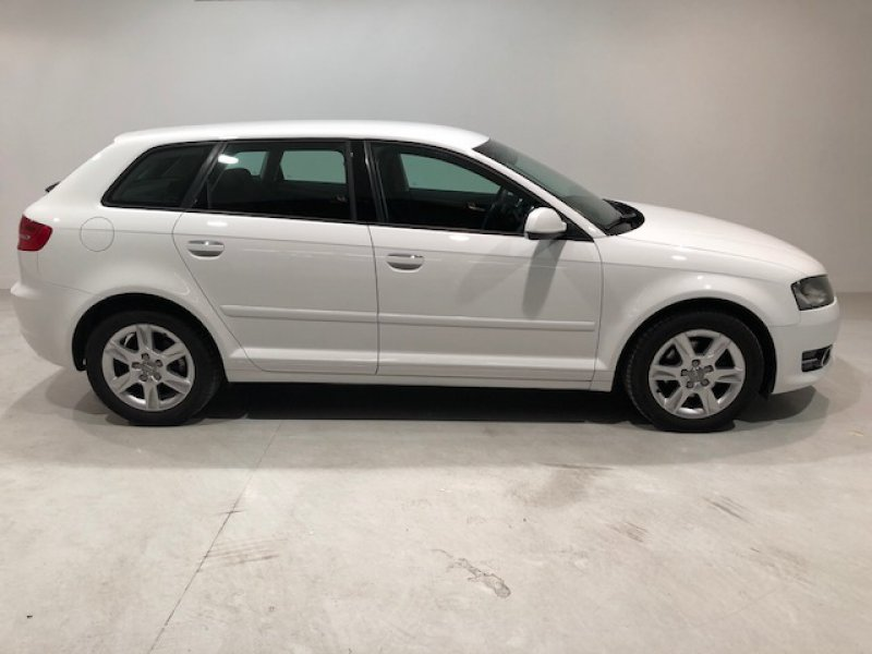 Audi A3 Sportback 1.6 TDI 105cv Attraction