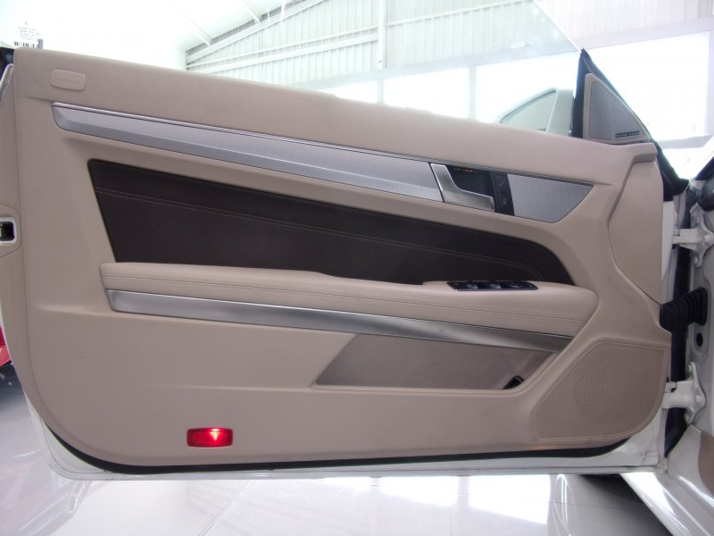 Mercedes-Benz Clase E Cabrio E 200 -