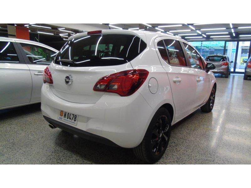 Opel Corsa 1.4 gasolina 90cv