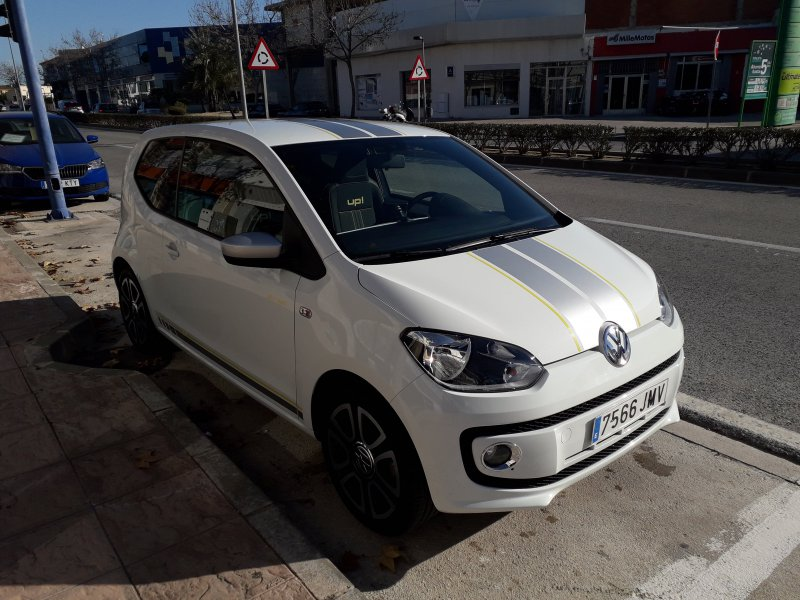 Volkswagen UP! 1.0 75CV ASG High up!