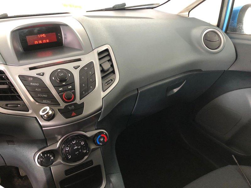 Ford Fiesta 1.2 82cv