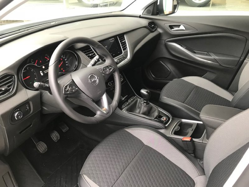 Opel Grandland X 1.2T S/S 130CV Excellence