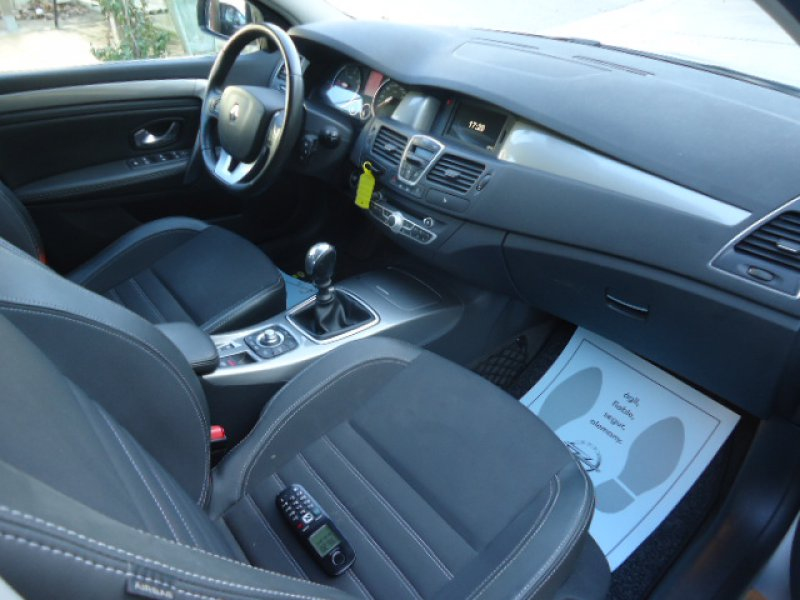 Renault Laguna dCi 95kw (130cv) Dynamique TomTom