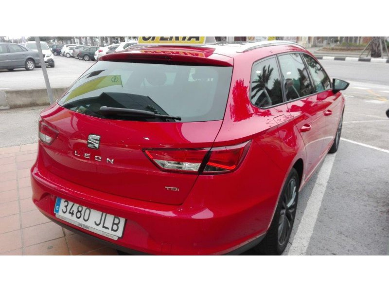 SEAT Nuevo León ST 1.6 TDI 110cv St&Sp Style Connect