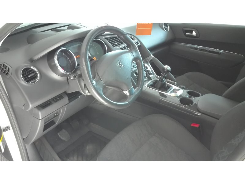 Peugeot 3008 2.0 HDI 150 FAP Allure