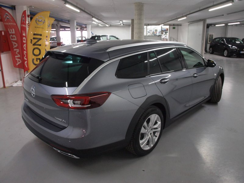 Opel Insignia ST 2.0 CDTI 4x4 Country Tourer