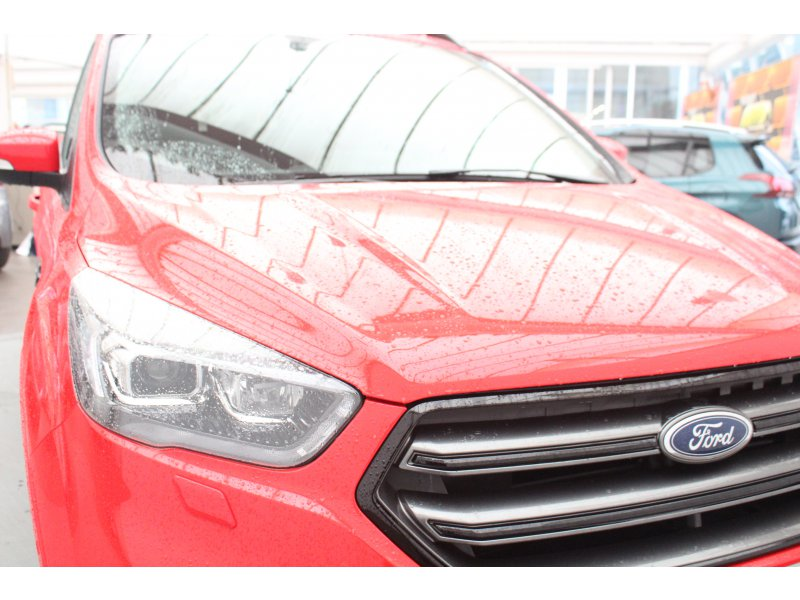 Ford Kuga 2.0 TDCi 132kW 4x4 A-S-S ST-Line