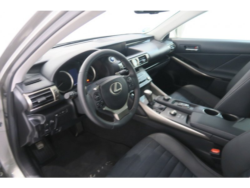Lexus IS 300h Executive Tecno