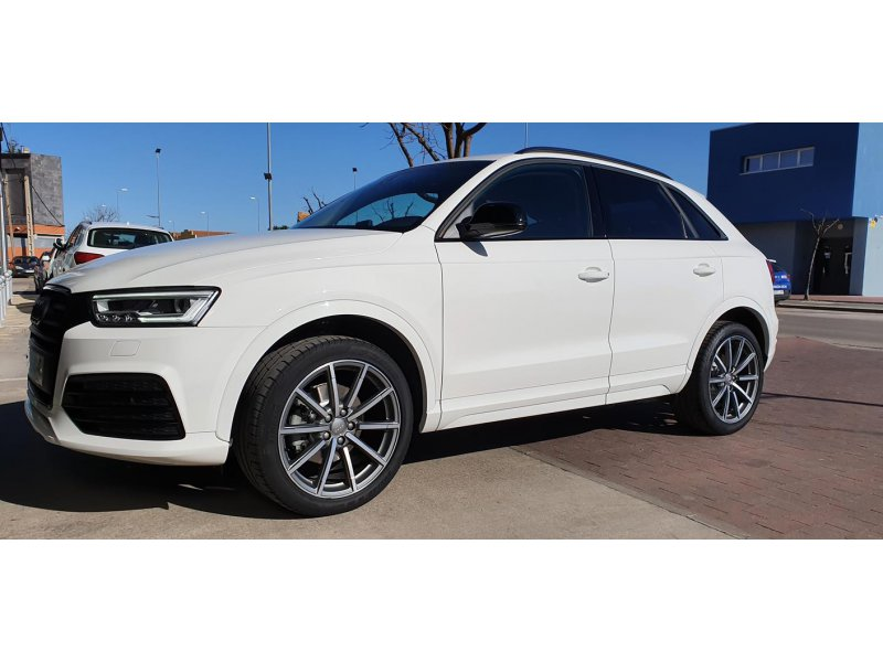 Audi Q3 2.0 TDI Black line edition