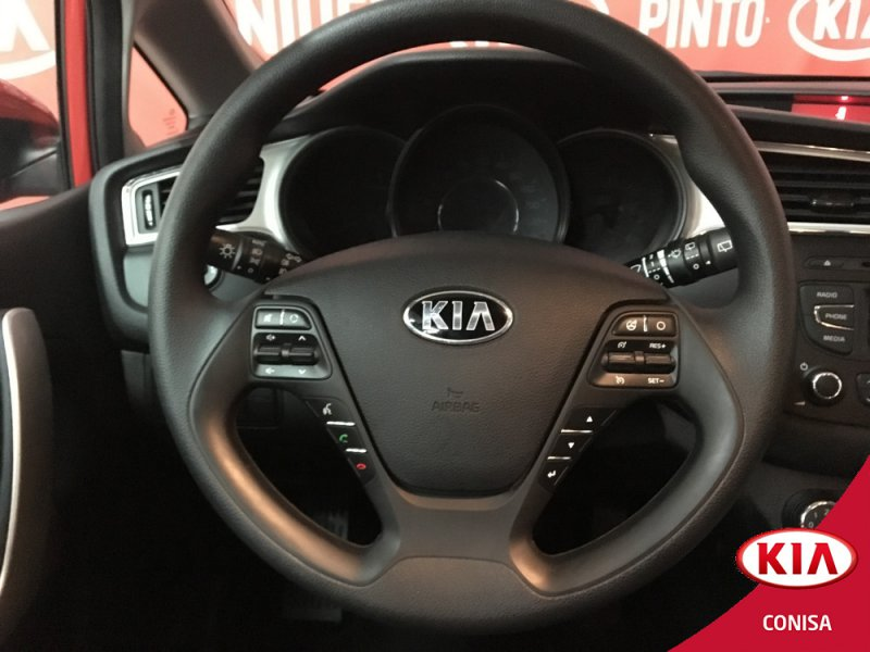 Kia ceed 1.4 CRDi WGT Business