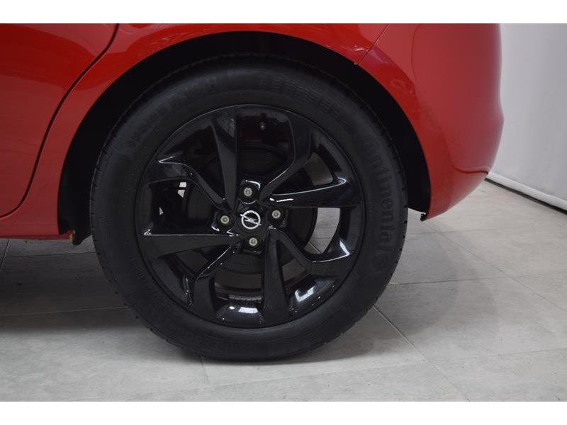 Opel Corsa 1.4 90 COLOR EDITION