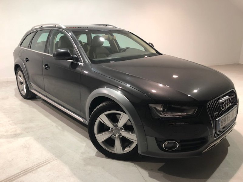 Audi A4 Allroad Quattro 3.0 TDI clean d 245 S tron quat Advanced Advanced edition